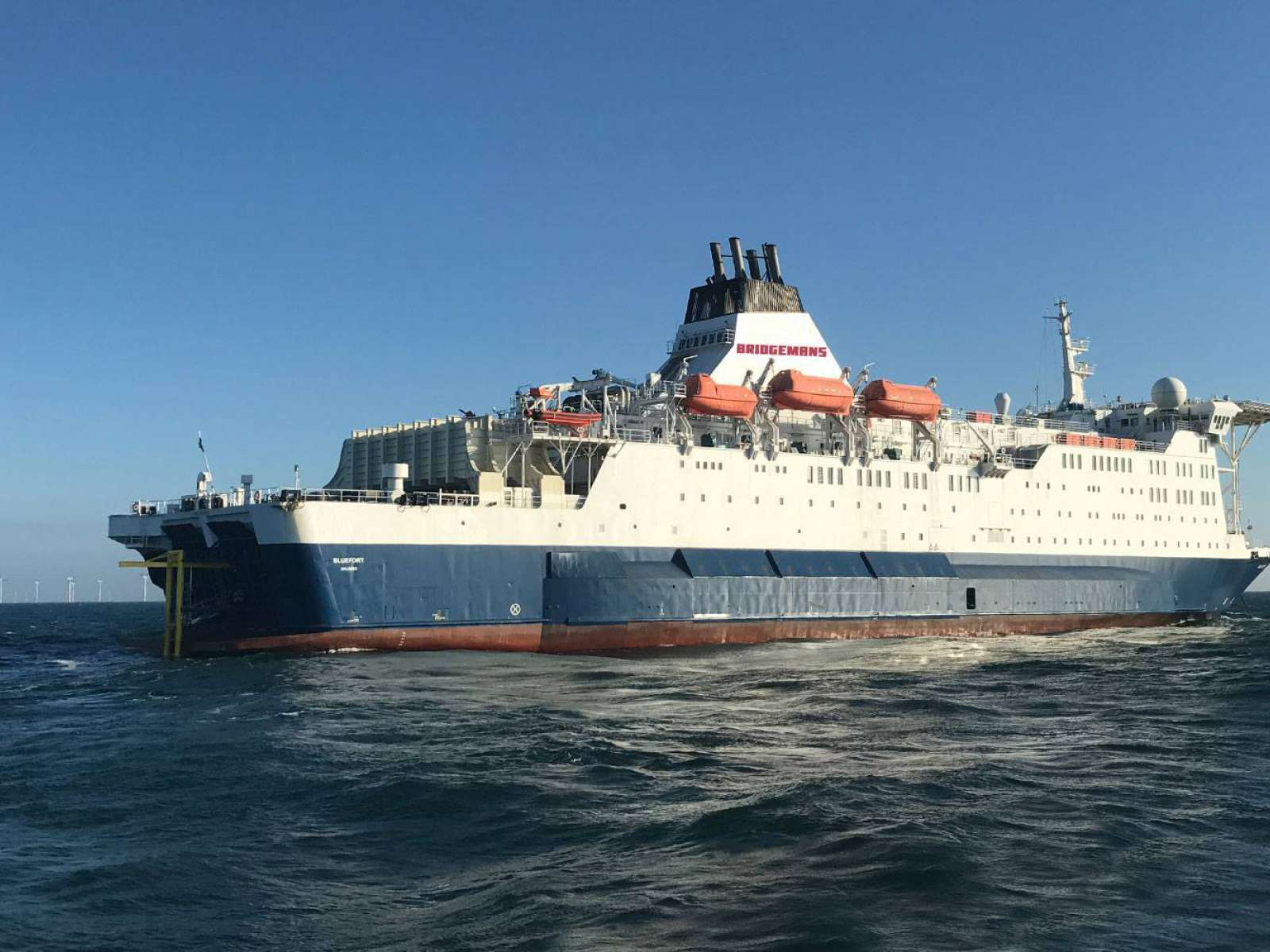 MHI Vestas charters Bridgemans accommodation vessel, nCentric is delivering full speed internet